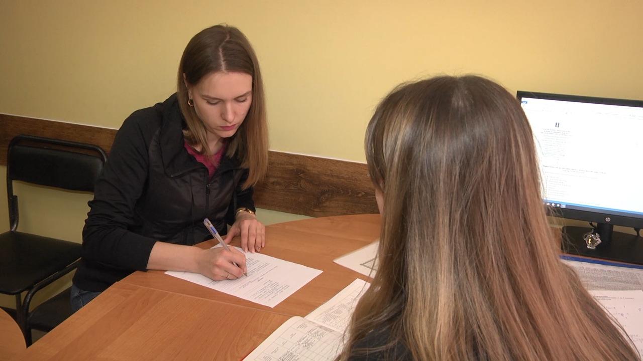 В школах КЧР стартовал прием заявлений в первый класс.